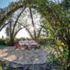 Freiluftsaison: Ein bayerischer Hotelier verlegt den Wellnessgenuss nach draußen in einen weitläufigen Naturpark