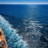 """Erst auf Ibiza, dann auf Kreuzfahrt: ZDF-Dokus am Feiertag /  """"Geheimtipps einer Partyinsel"""" und """"Sonnendeck mit Schattenseiten"""" (FOTO)"""