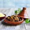 Herbstlich-orientalisch! Köstliches Schmorgericht mit Lammfleisch: Lamm-Tajine mit Pflaumen und Mandeln (FOTO)