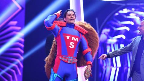 """We Love To Entertain You: """"The Masked Singer"""" triumphiert mit 27,2 Prozent Marktanteil // Super-Model Marcus Schenkenberg ist das Super-Eichhörnchen (FOTO)"""
