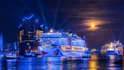 Die Große Hamburg Cruise Days Parade: Spektakuläres Highlight auf der Elbe am zweiten Tag des Events (FOTO)