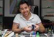 """Oldtimer im Miniaturformat: WELT-Reportage zeigt Profi-Modellbauer bei der Arbeit / """"Der Modellbauer – Perfektion aus Leidenschaft"""" mit Michael Niemas am Samstag, 1. Februar um 19.05 Uhr auf WELT (FOTO)"""