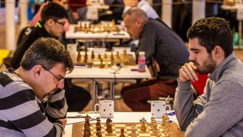 Schachwoche statt Internationaler Schachmeisterschaft (FOTO)